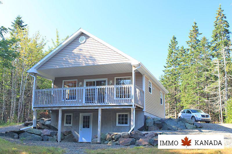 Neuwertiges Ferienhaus im Richmond-County auf Cape Breton / Nova Scotia / Kanada / EUR 197.000