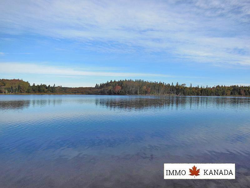 Herrliche Ufergrundstücke nahe St. Peter´s / Cape Breton / Nova Scotia