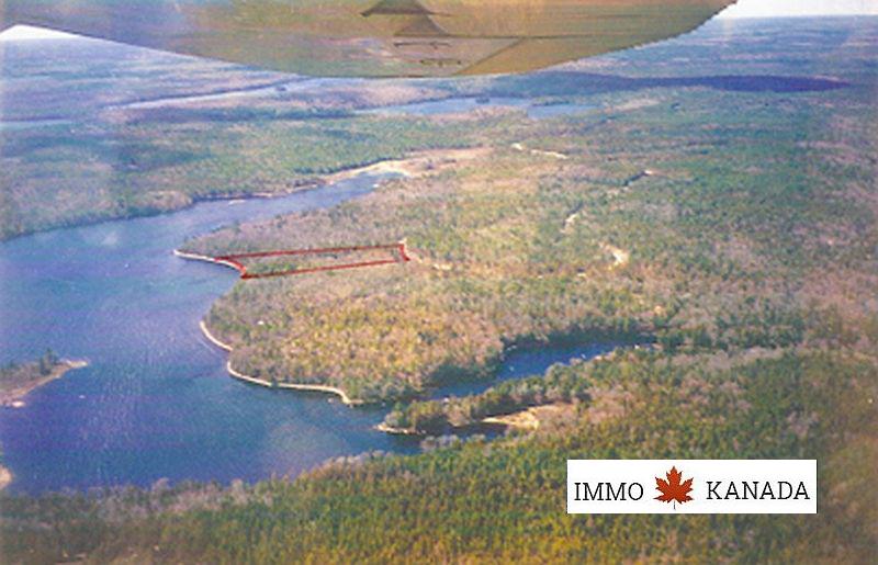 Tolles Ufergrundstück am Third Lake / Tusket River