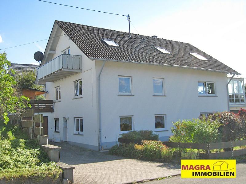 Attraktive 4-Zimmer-Dachgeschosswohnung in Fluorn-Winzeln