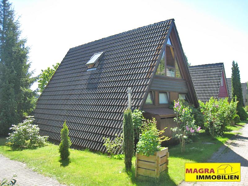 Nurdachhaus in idyllischer Lage im Ferienpark Tennenbronn