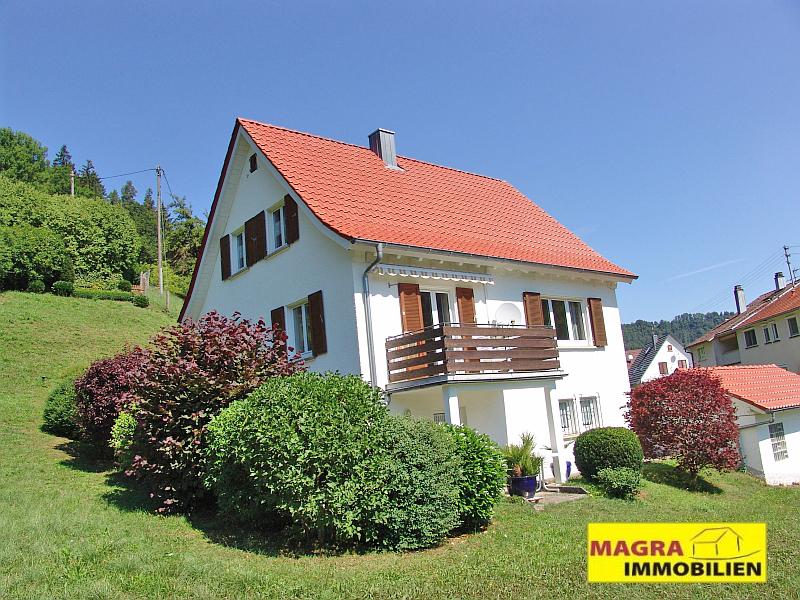 Oberndorf a.N.-Aistaig / Gemütliches Einfamilienhaus in ruhiger, sonniger Ortsrandlage!